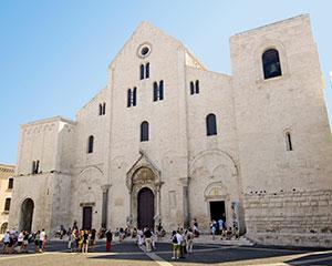 Bari - www.rejsecenterdjursland.dk