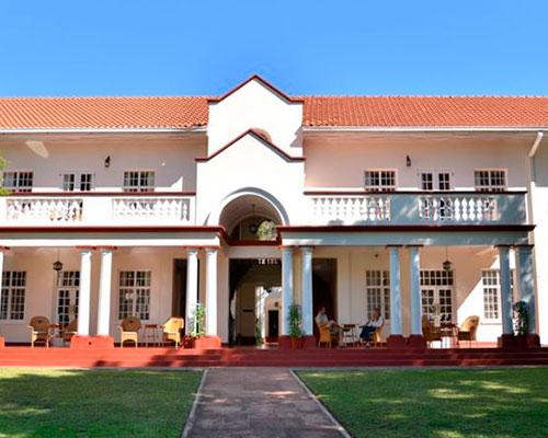 zimbabwe - www.rejsecenterdjursland.dk