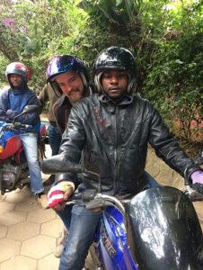 Arusha på motorcykel - www.rejsecenterdjursland.dk